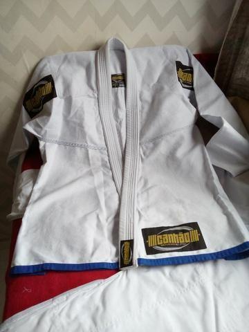 Kimono Jiu Jitsu Canhão Branco A2 Novo, Trançado Leve Para Treino e Competição! - Foto 2