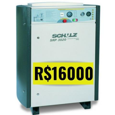 Compressor de Parafuso 20HP - Seminovo