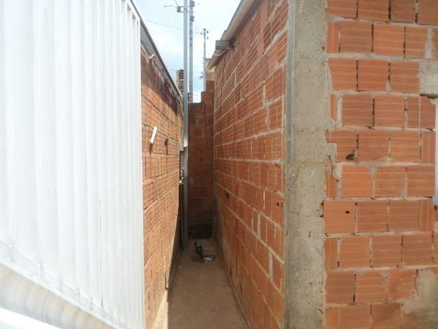 Vd Cs 2 qts lote 220 m² cond pinheiro - Sol Nascente - Cei DF - Foto 2