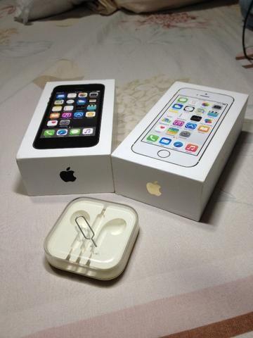 Iphone 5s Preto e Dourado Caixas Originais - Foto 2
