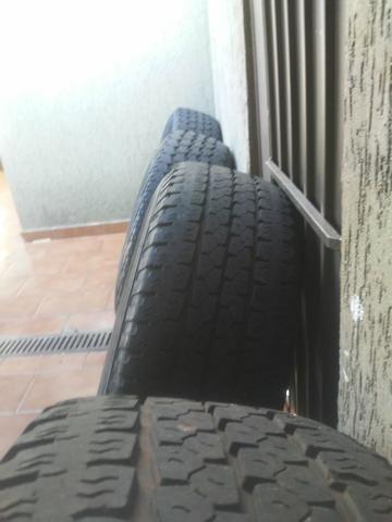 Rodas f250 com pneus goodyear - Foto 4