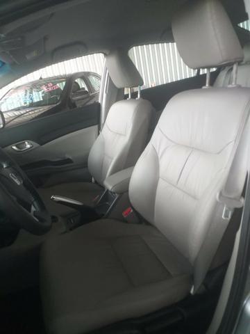 Civic 2.0 LXR - Foto 12