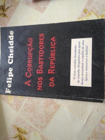 Cinco Livros por preço baixo - Foto 2