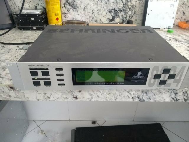 Equalizador Behringer Ultra Curve DSP 8024 - Foto 4