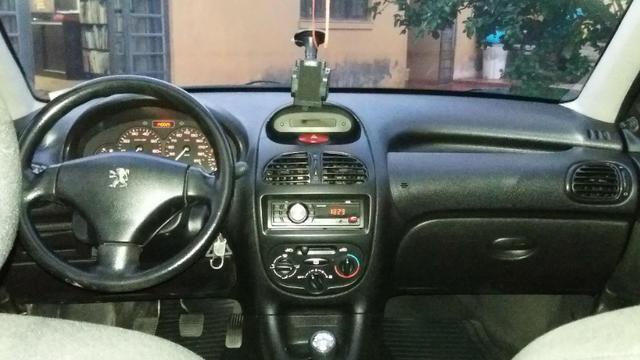 Peugeot 206 2008 1.4 5p Sensation Flex - Foto 2