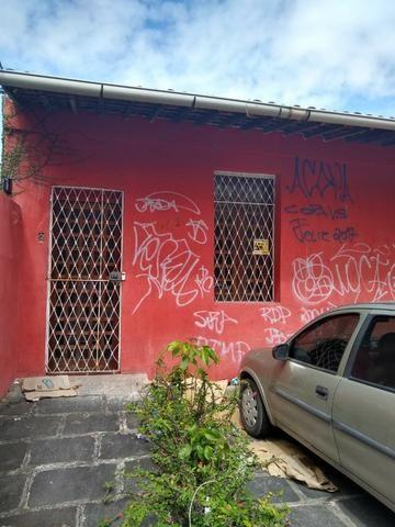LM Vendo ou Troco Casa por pequeno apartamento - Foto 2
