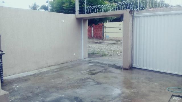 Vendo ou Alugo casa com 3 quartos, a 2 km do Centro do Aquiraz (Repasse) - Foto 14