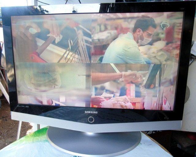 Samsung Tv Lcd 40 Polegadas com Mancha Na Tela - Foto 4