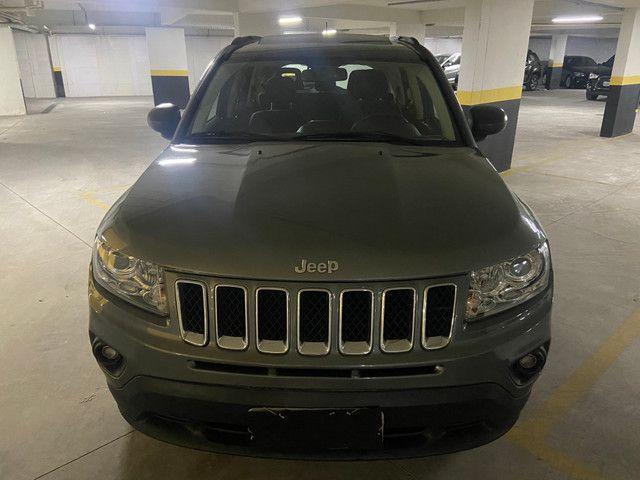 Jeep Compass Sport 2.0 automática muito nova OBS: taxa de 1%no cartao de credito - Foto 3