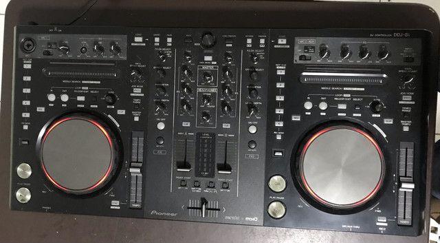 Controladora Pioneer DDJ-S1