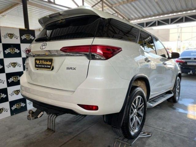 Toyota hilux sw4 2019 2.8 srx 4x4 7 lugares 16v turbo intercooler diesel 4p automÁtico - Foto 5