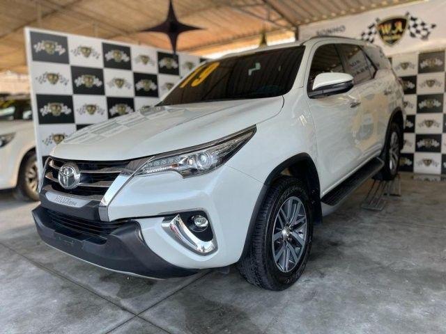Toyota hilux sw4 2019 2.8 srx 4x4 7 lugares 16v turbo intercooler diesel 4p automÁtico - Foto 4