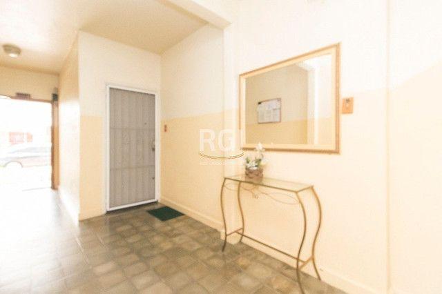 Apartamento à venda com 2 dormitórios em São sebastião, Porto alegre cod:EL50869406 - Foto 2
