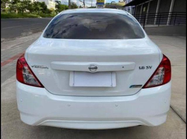 Nissan Versa SV 1.6 Aut. Flex 16/17 - Foto 6