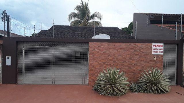 Vendo/troco/alugo 03 (três imóveis) em bairros diferentes