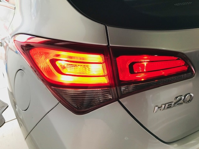 Hyundai Hb20 2019 1.0 copa do mundo fifa 12v flex 4p manual - Foto 11