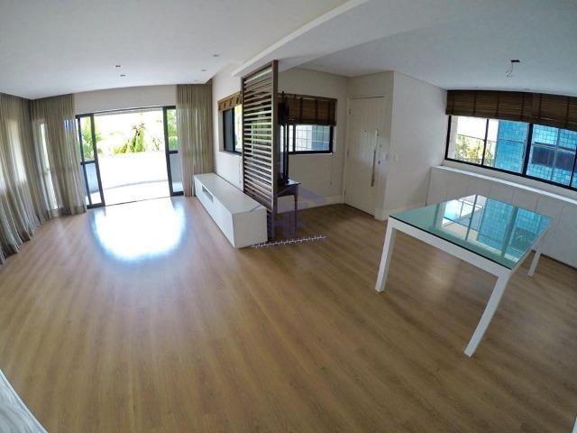 Apartamento com 4 quartos sendo 3 suítes com varanda - Edifício Calamares - Ponta Verde