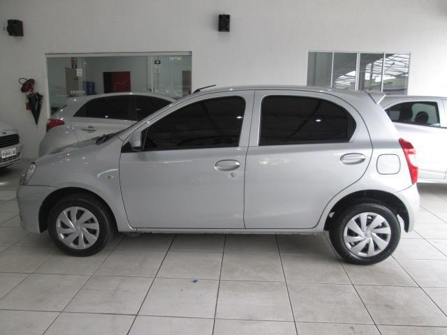 Toyota Etios Hatch Etios X 1.3 (Flex) - Foto 6