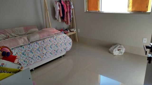 Samuel Pereira oferece: Casa 3 Suites Nova Moderna Pé Direito Duplo Piscina Churrasqueira - Foto 13