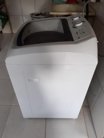Troca uma máquina de lavar com 6 meses de uso troco por uma TV
