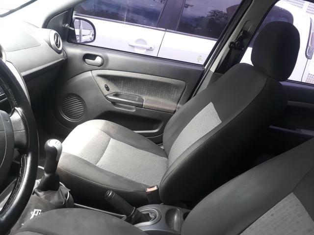 Fiesta sedan 2013 1.6 completo. financio ate 48 x - Foto 5