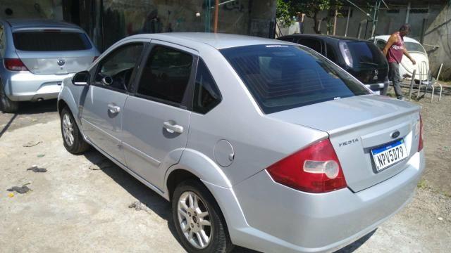 Ford Fiesta Sedan 1.6 Flex + GNV / 2010