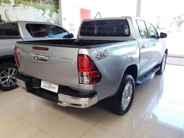 Toyota Hilux Cabine Dupla SRV 4P - Foto 4