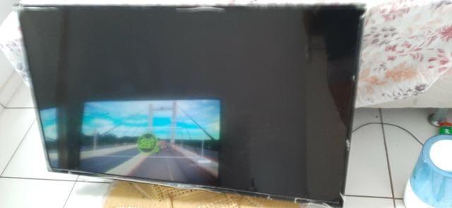 Vendo TV Lg tela quebrada - Foto 2