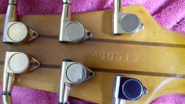 Contrabaixo tagima 6 cordas (muito raro) - Foto 6