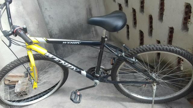 Bicicleta com marcha / aro 26 - Foto 2
