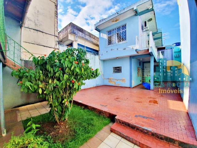 Casa com 4 quartos amplos e uma linda piscina - Duplex com 260m² - 3 vagas - Foto 17