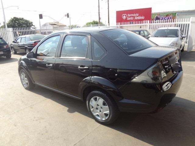 Ford Fiesta 1.6 2011 - Foto 4