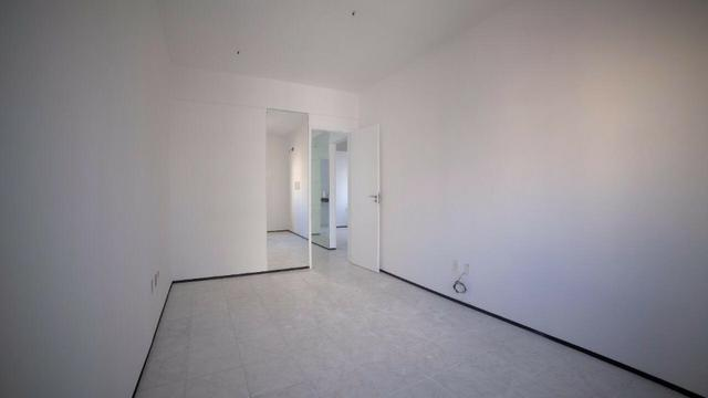 Vende-se Apartamento no Bairro Cocó Próximo Center Box - Foto 15