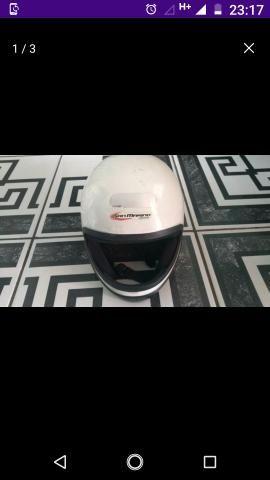 Vende-se por 50$ estes dois capacetes - Foto 2