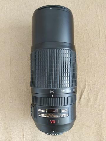 Lente Nikon AF-S VR Zoom Nikkor 70-300mm F/4,5-5,6G IF-ED - Foto 4