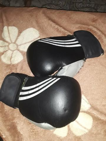 2 luvas de boxe. 1 luva de luta profissional. 6 protetores bocal - Foto 2