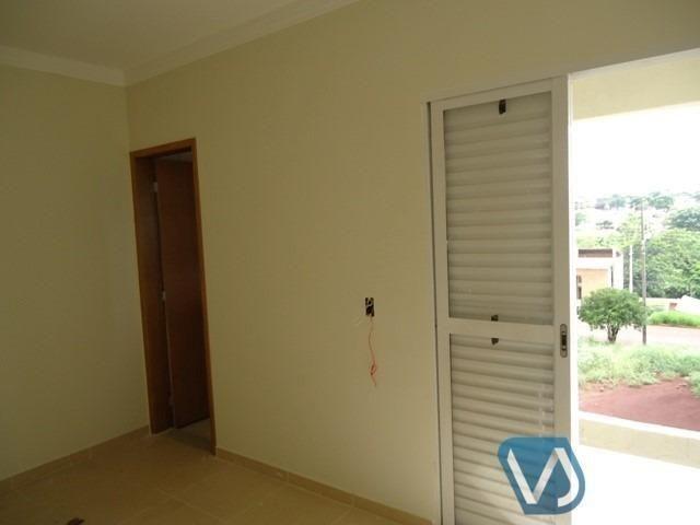 Casa assobradada no Jd. Monte Sinai para locação, 3 quartos, 140 m² - Londrina/PR - Foto 12
