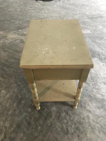 Mesa de cabeceira - Foto 2