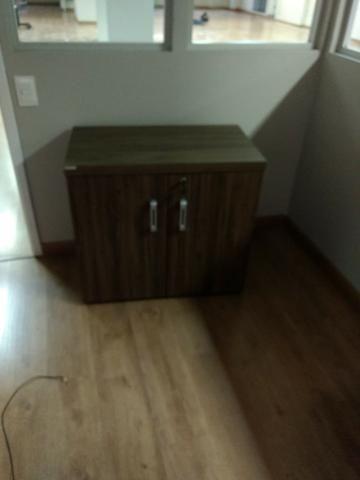 Armário baixo de 2 portas com 1 prateleira - Medidas: 0,75 x 0,80 x 0,60