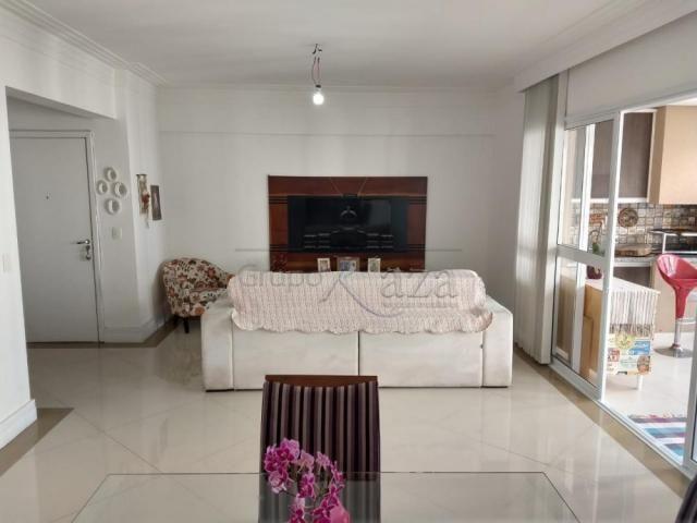 Apartamento à venda com 3 dormitórios cod:V30491UR - Foto 6