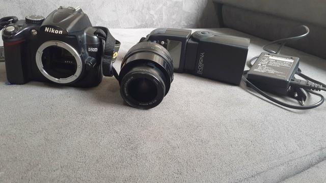 Vendo ou troco Nikon D5000