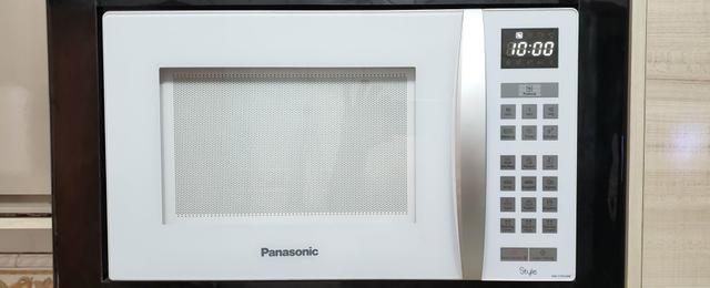 Microondas Panasonic 31 litros. Tamanho familia