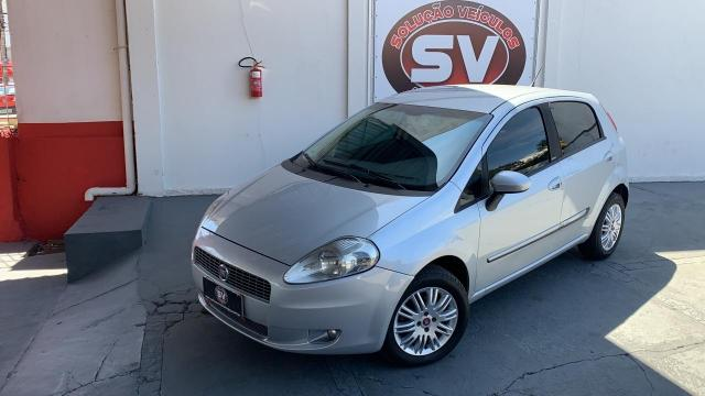 Fiat Punto ESSENCE 1.6 FLEX 4P