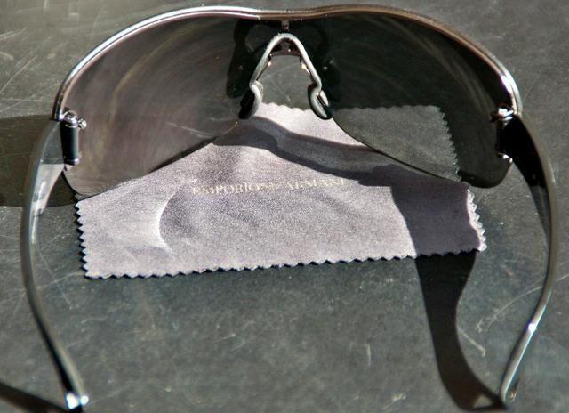 Óculos Giorgio Armani Original semi-novo - Bijouterias, relógios e ... d41c79f803
