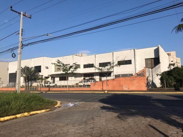 Galpão/depósito/armazém para alugar em Glória, Joinville cod:L33202