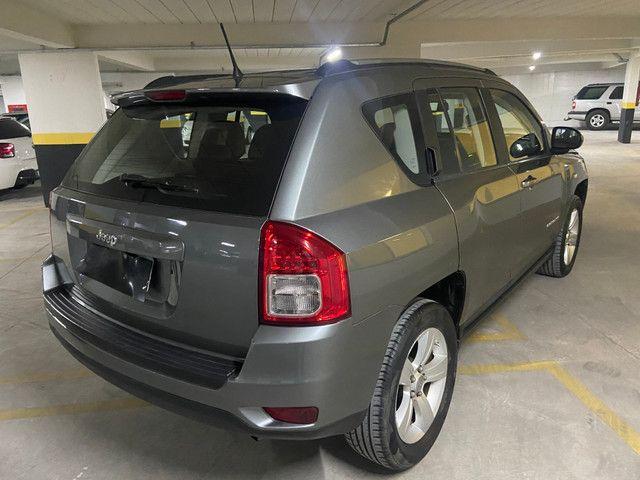 Jeep Compass Sport 2.0 automática muito nova OBS: taxa de 1%no cartao de credito - Foto 6
