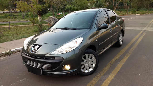 Peugeot 207 Sedan Passion Xs 1 6 Flex 16v 4p Aut 2011