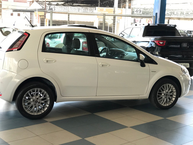 Fiat Punto 1.6 Essence - Bem Conservado! - Foto 6