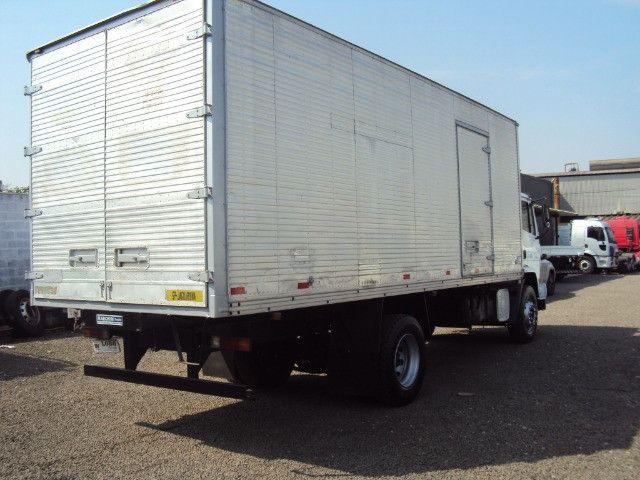Caminhão Mb1719 atron - Foto 4