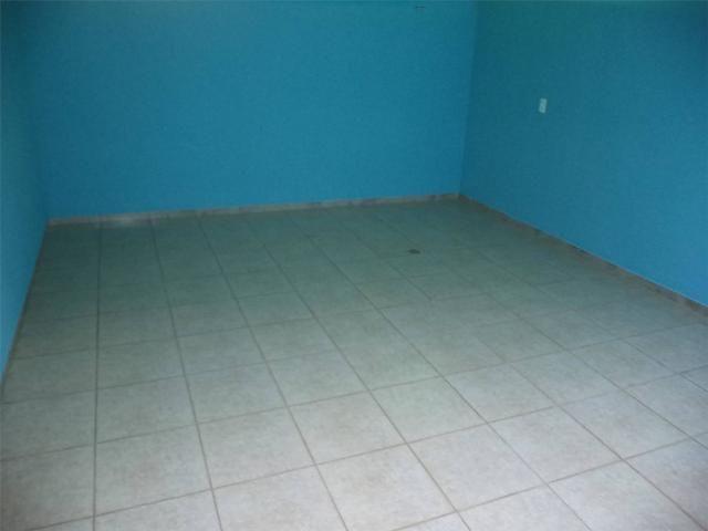 Casa com 3 dormitórios para alugar, 120 m² por R$ 1.500,00 - Jardim Macarenko - Sumaré/SP - Foto 4